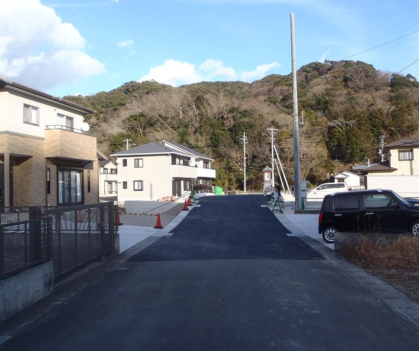 H26  二級河川鯉名川(取合道路工)